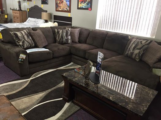 Catnapper Everest Sectional- WAS $2399.95 NOW $1999.95