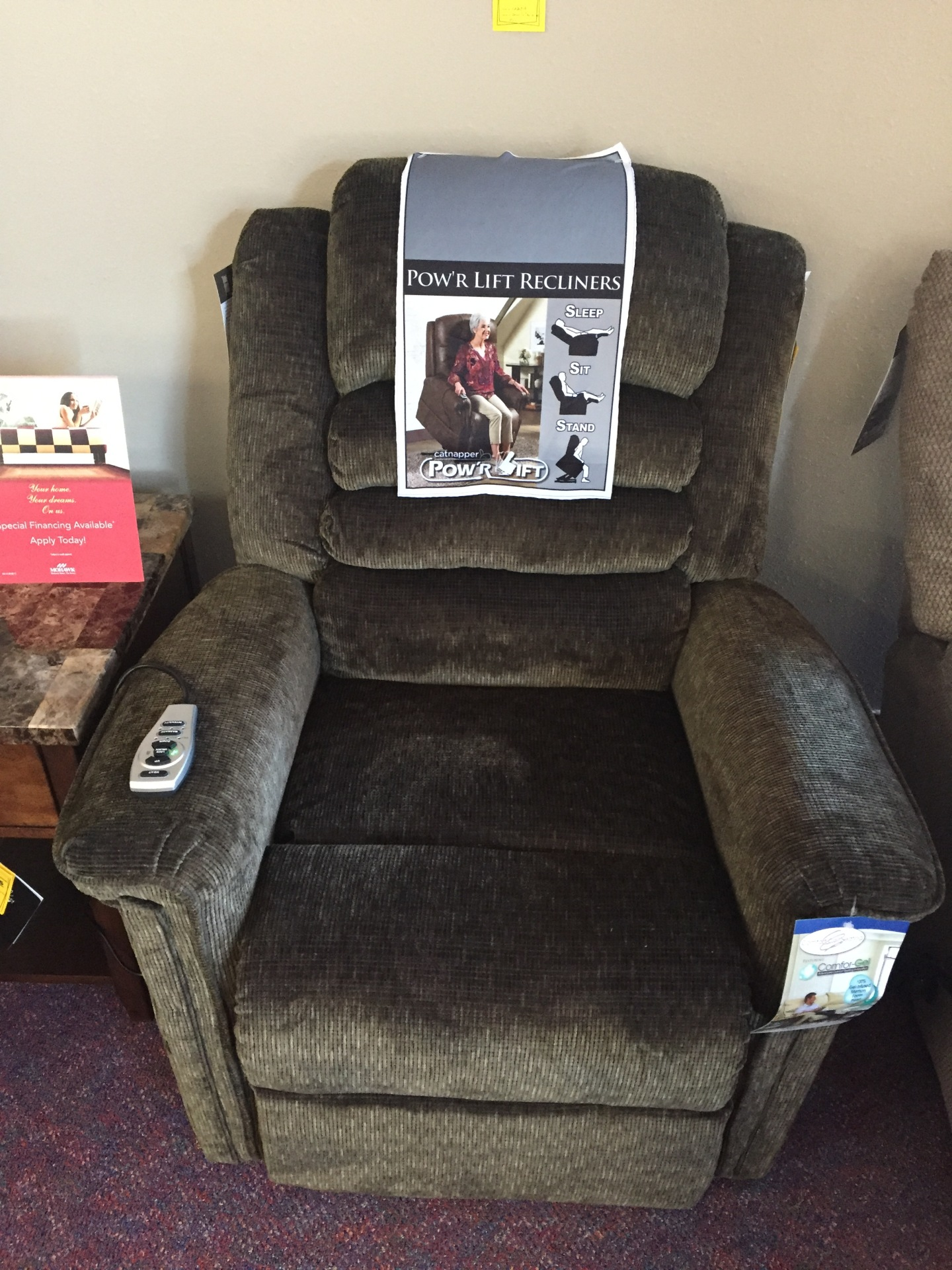 Catnapper Soother Power Lift Chair: with heat & massage- $999.95