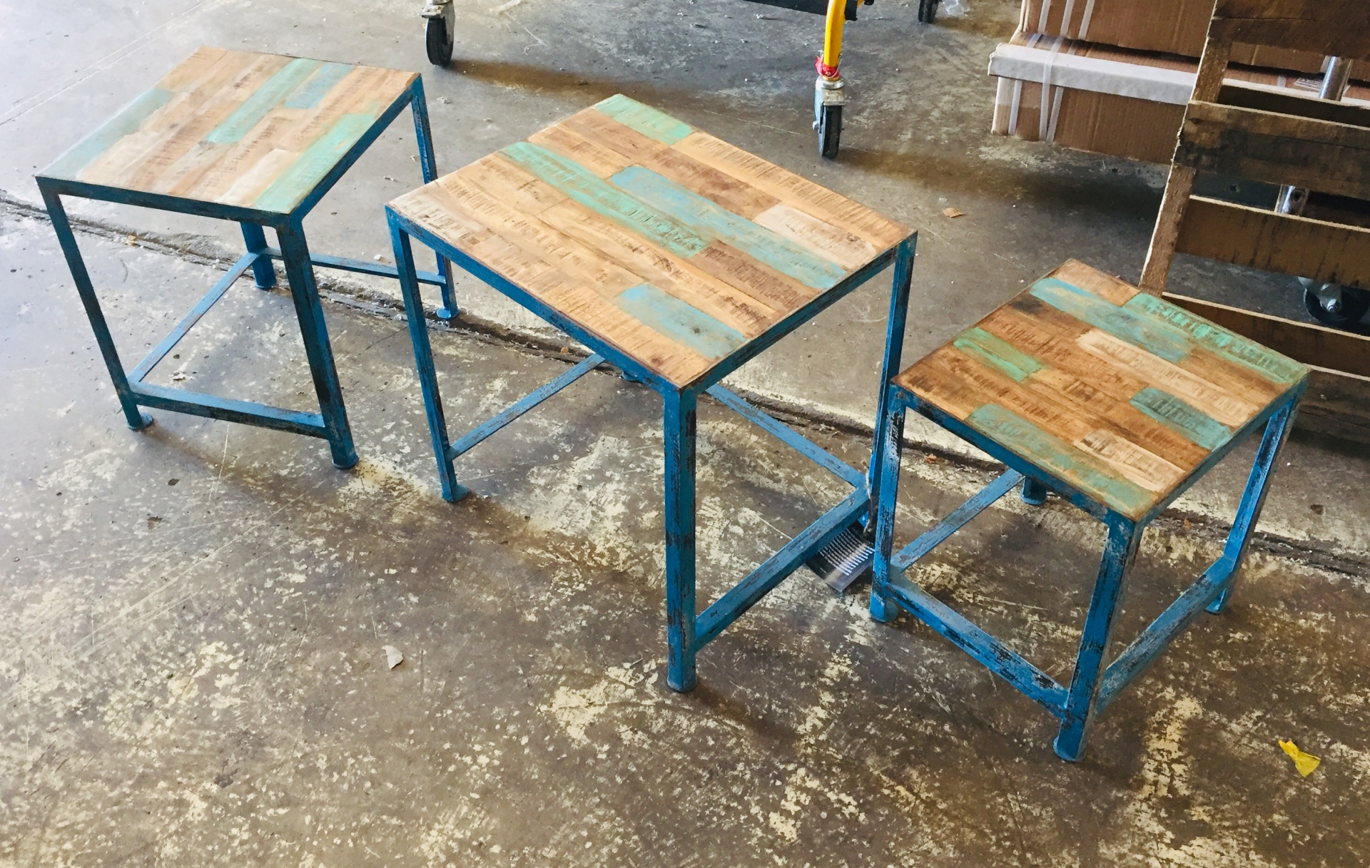 COAST TO COAST NESTING TABLES (STACK UNDER ONE ANOTHER)