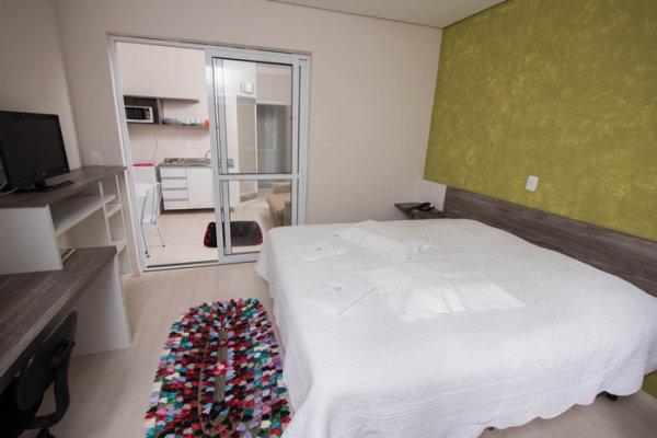 Dormitórios Adoro Hotel