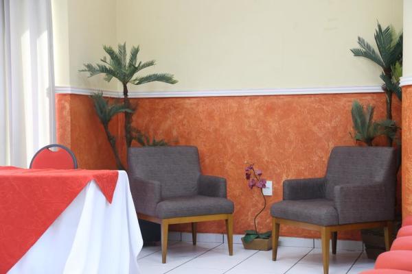 Hotel em Ji-Paraná - Cadeiras - Larison Hotéis