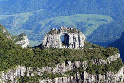 Pedra Furada - Urubici - Serra Bela Hospedaria Rural