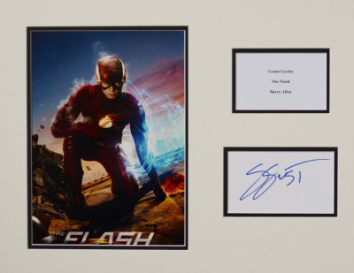Grant Gustin signed the Flash mounted photo