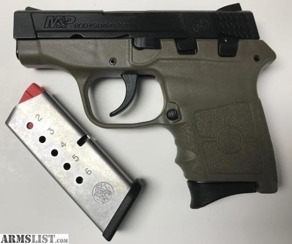 Smith & Wesson Bodyguard .380 Flat Dark Earth  $300