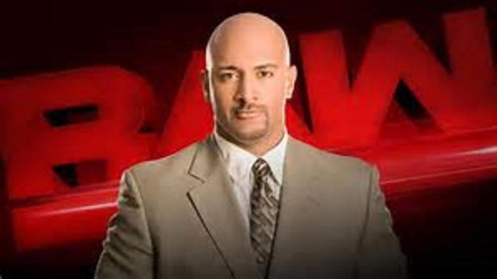 Jonathan Coachman Signs With WWE