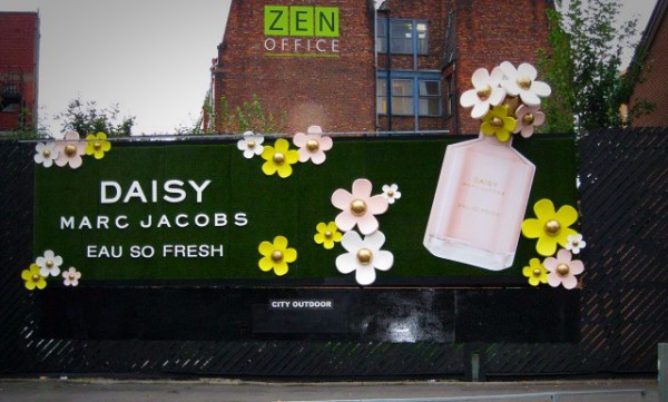 Marc Jacobs- Daisy Campaign 2011
