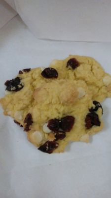 Lemon white chocolate cranberry