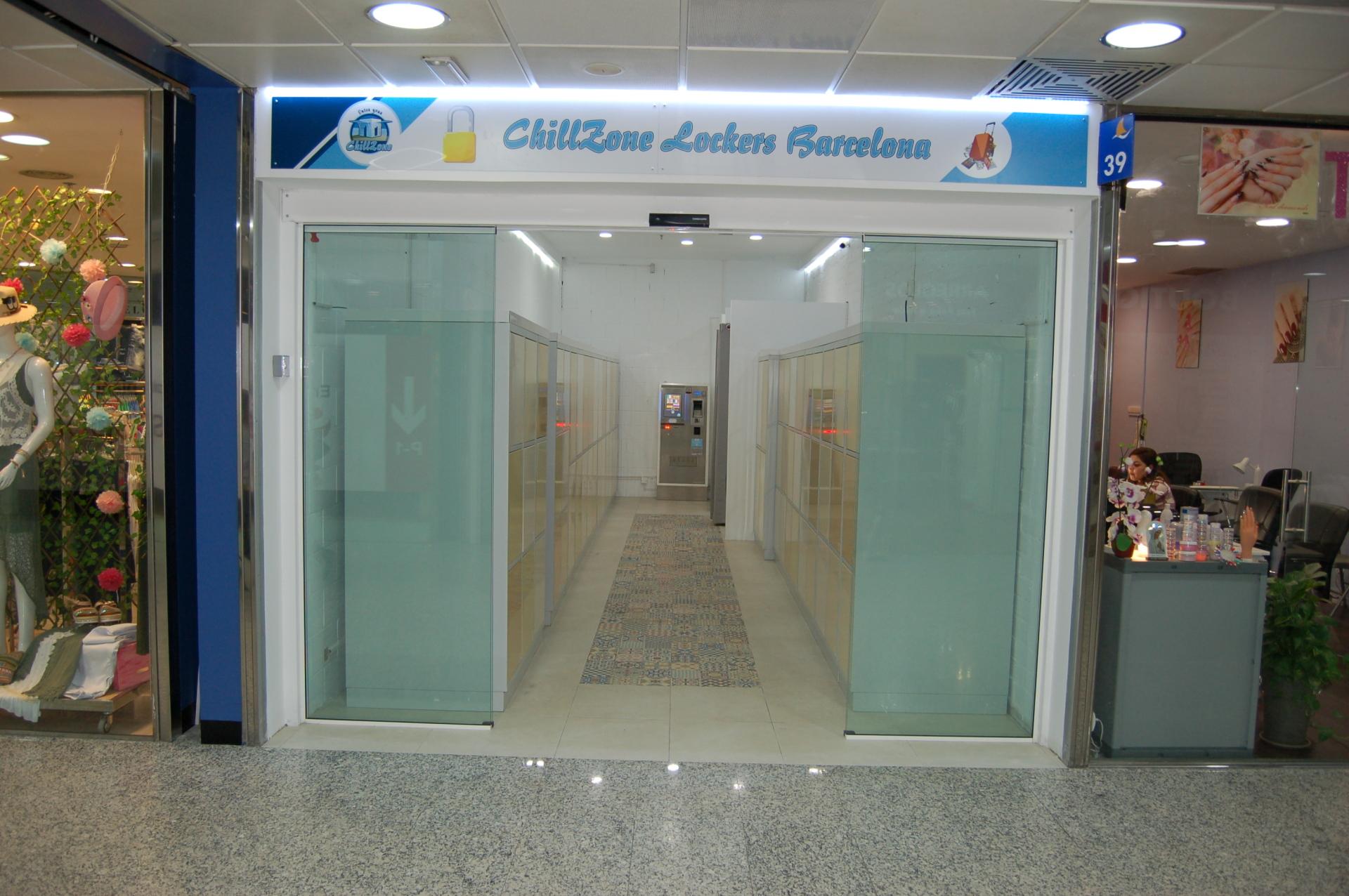 Entrance ChillZone Lockers Barcelona