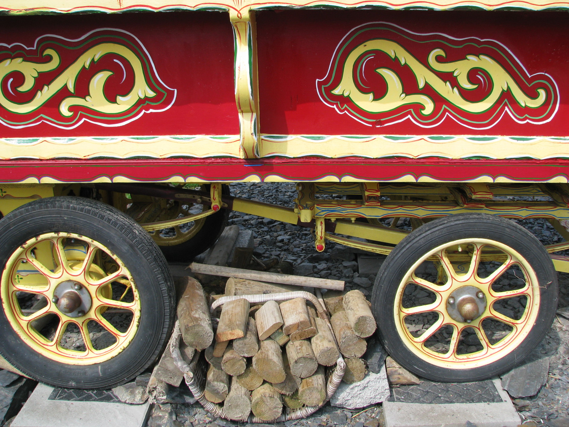 Gypsy caravan drey at valley view rhayader