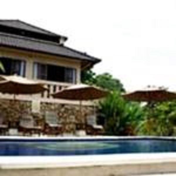 Villa Rumah Kami - Pool Area