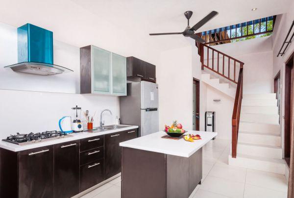 Villa Keluarga - Kitchen