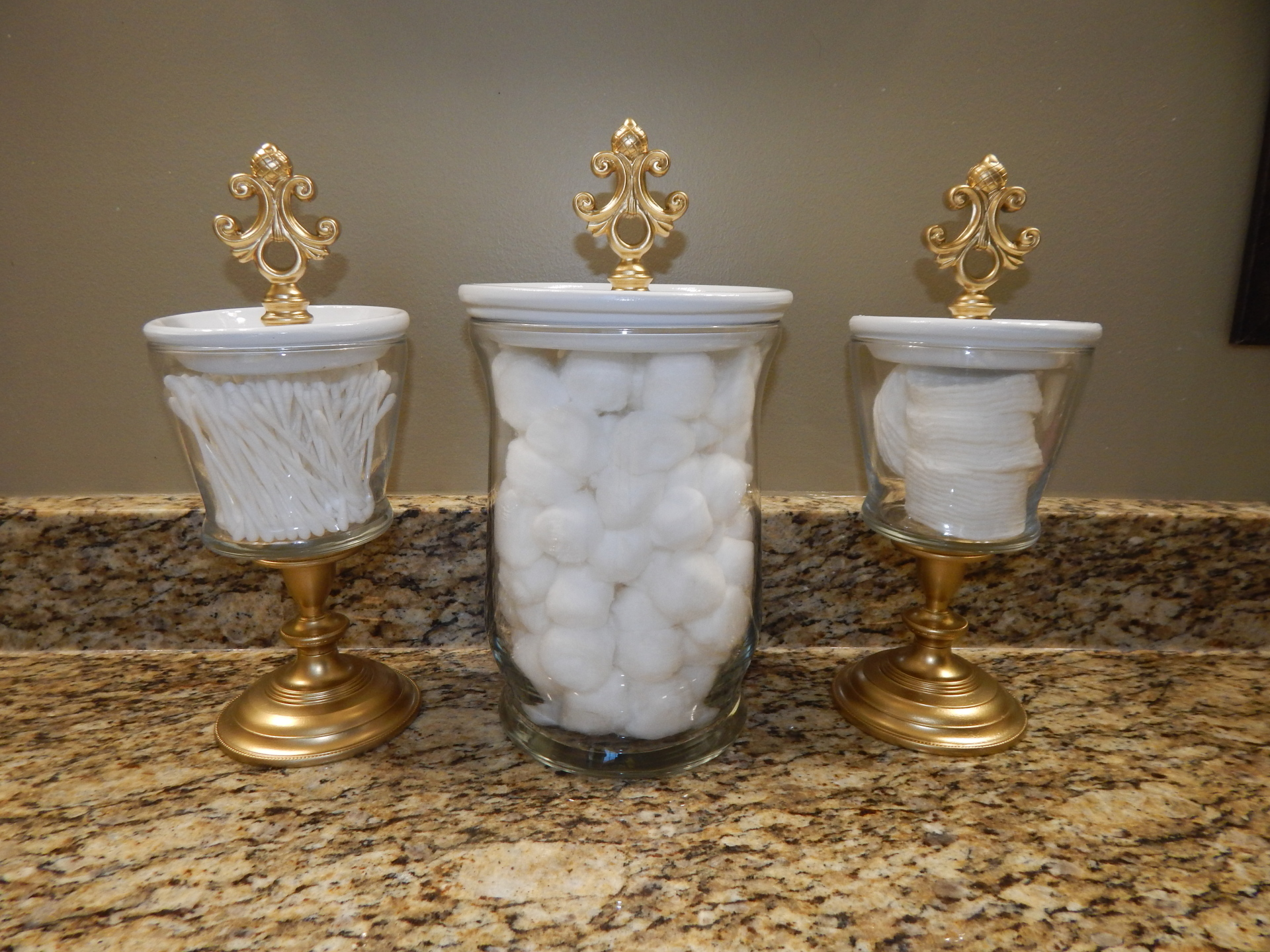 Make these bathroom canisters and jewelry holders!
