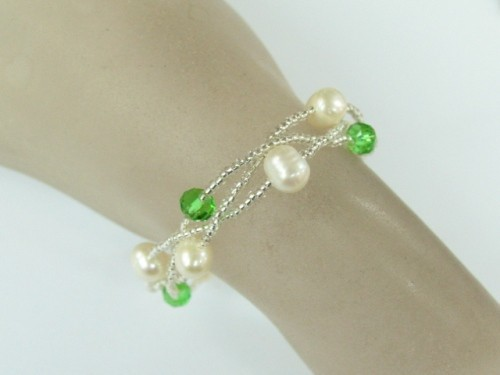 Green Colour Crystal Glass Bead with Freshwater Pearl Bracelet on Lobster Clasp