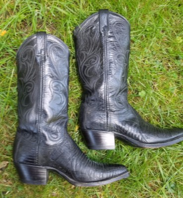 Western Boots Right Side   Size 6.5