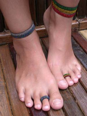 toe rings nude shoe