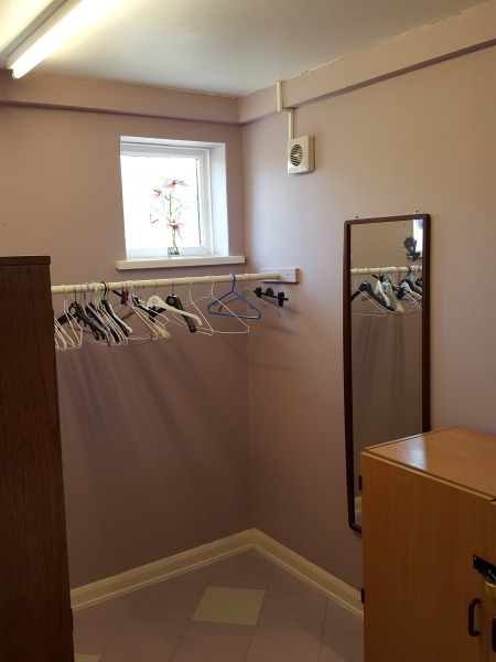 Ladies Cloakroom