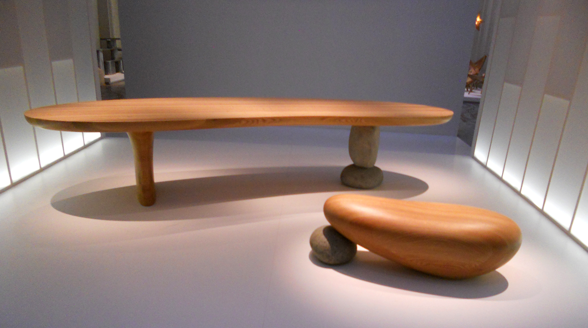 Seat and Table by Choi Byung-hoon