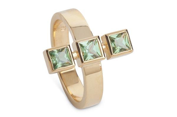 Yvonne Ross: Green Sapphire Ring