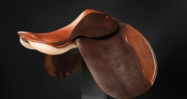Irish craft saddle RDS Making