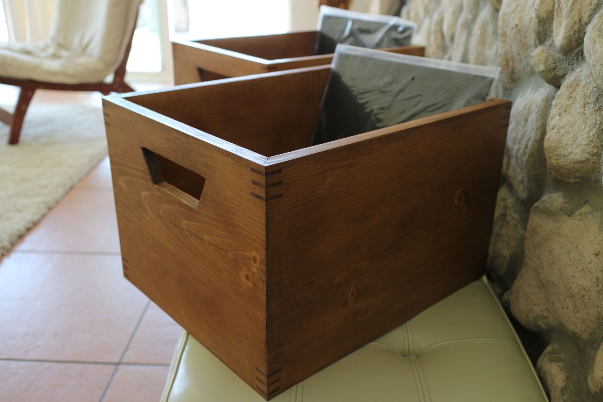 Spline Record Crate