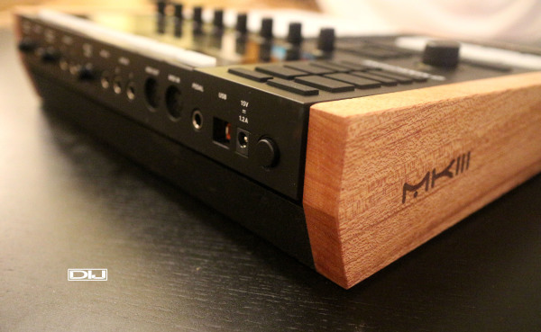 Maschine MK3 wood enclosure