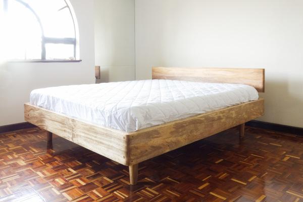 Basis Bed - King