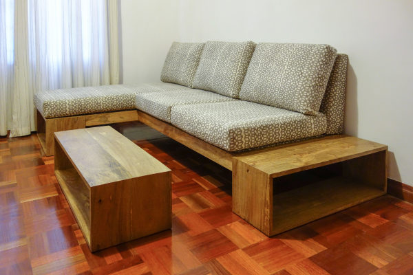 Repose Sofa & Coffee Table