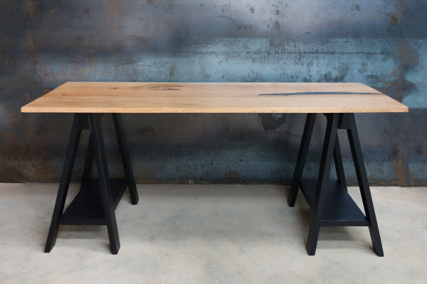 Mkulu Sawhorse Desk