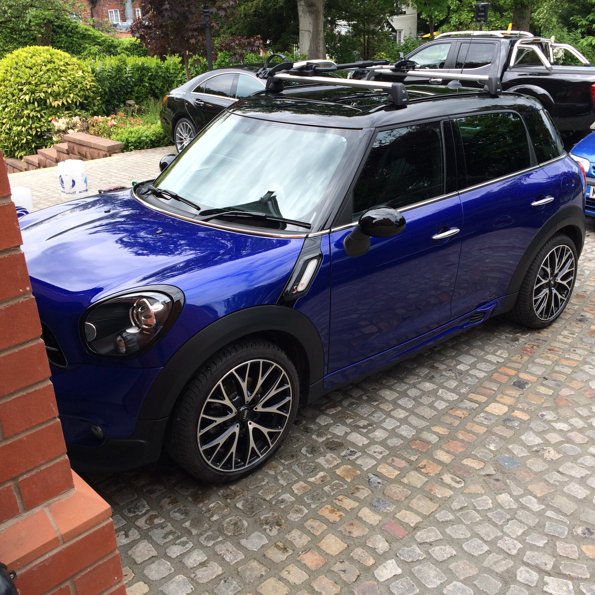 Mini Valet Vs Full Valet - What is the difference?
