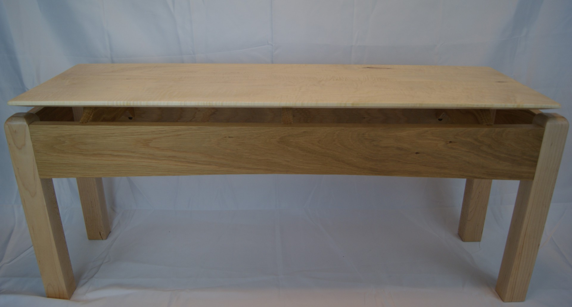 Floating Top Bench