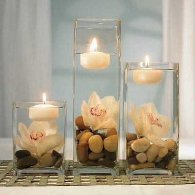 We have an extensive range of centre pieces, all shapes and sizes. Tailored to your request