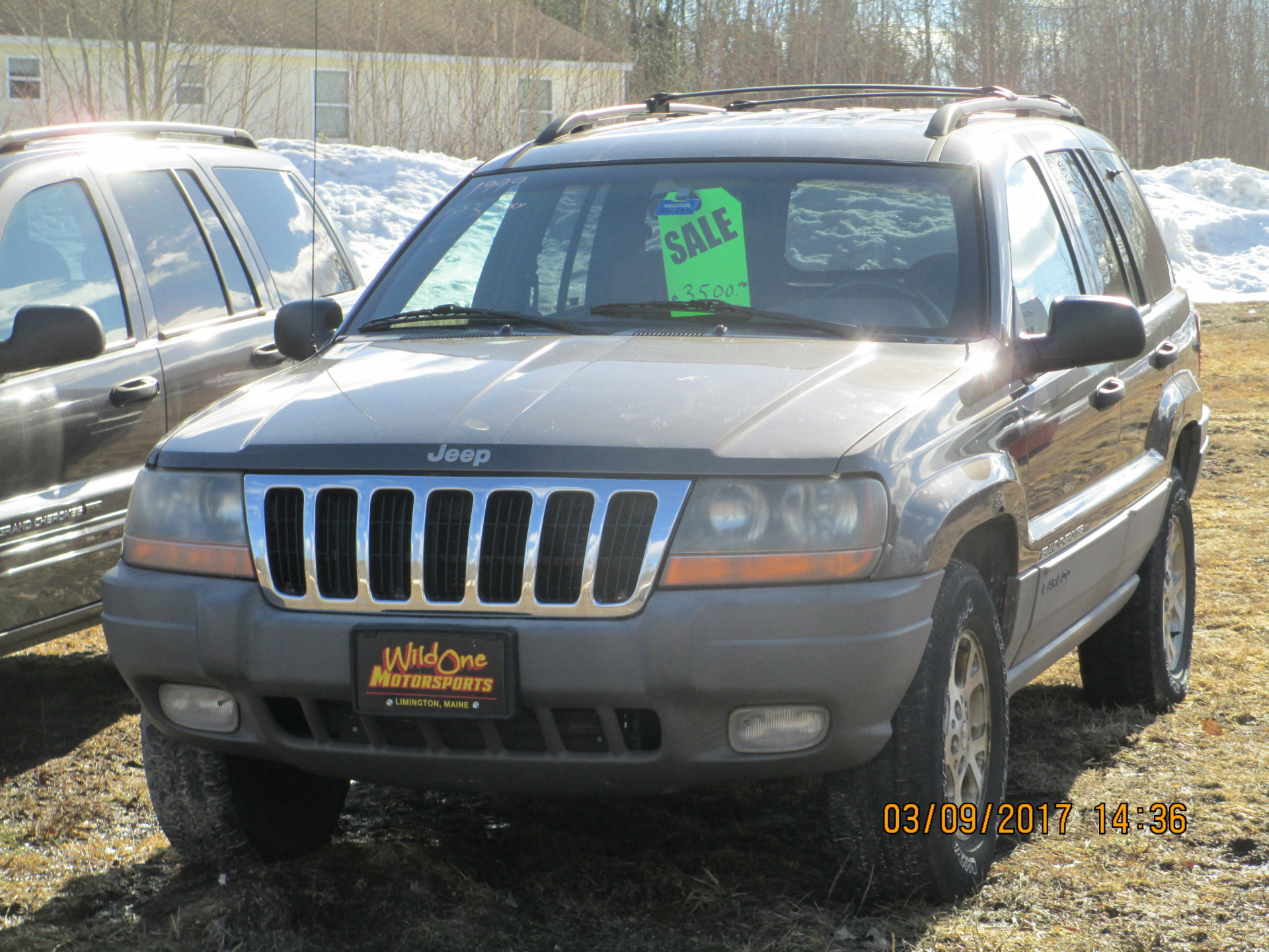 1999 Jeep Grand Cherokee - Brown