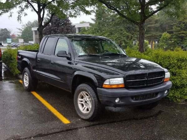 2003 Dodge Dakota- Black