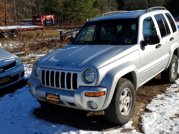 2004 Jeep Liberty Limited- Silver 4WD