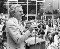 1972 Ray Bradbury at Palms-Rancho Park Libary
