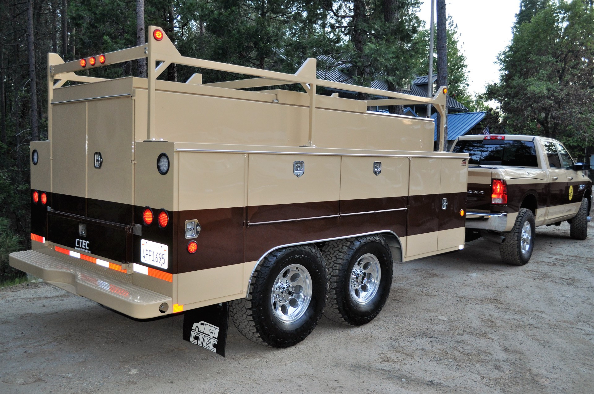 Custom Trailer Body 15643-89