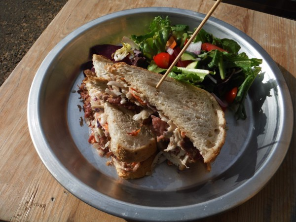 THE BLIND PIG SMOKED PULLED PORK