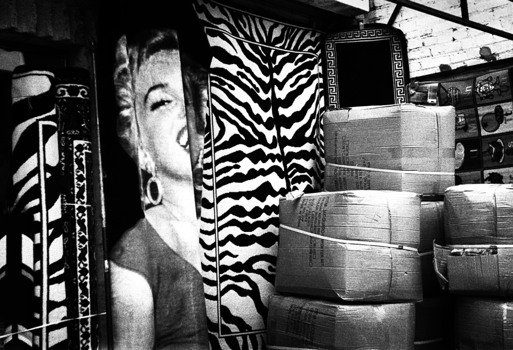 Street photography, Los Angeles Mon amour, Leica, black and white, Marilyn Monroe,