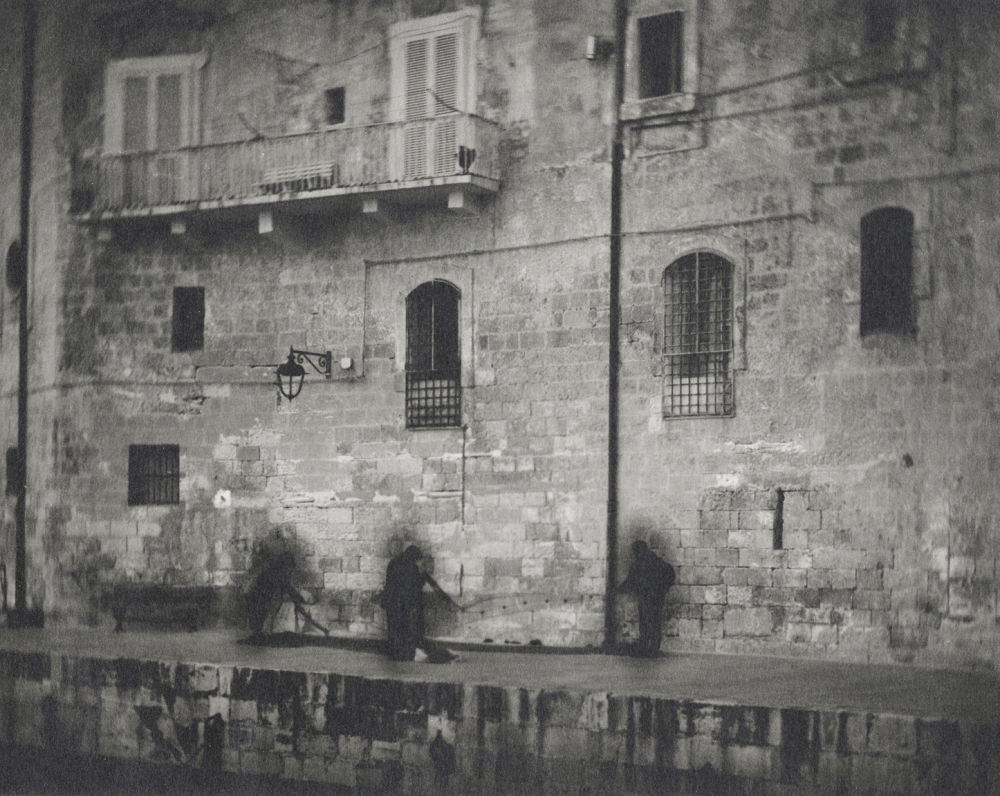 Italy, large format photography, sepia, analog photography, Italian landscapes, Italian cityscapes, Domenico Foschi, three fishermen, Monopoli,