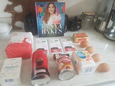 Tanya Burr Bakes Salted Caramel Brownies