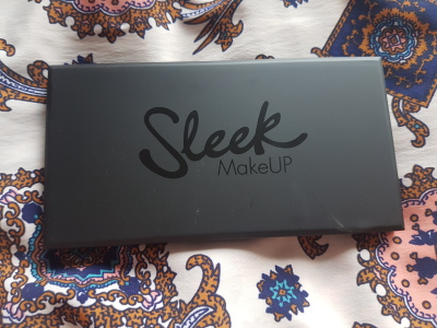 A Nice Day For A Sleek Eyeshadow Palette