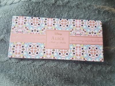 Alice In Wonderland Palette