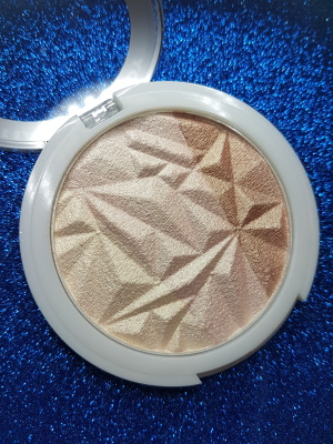 Hard Candy Rose Gold Illuminator Review