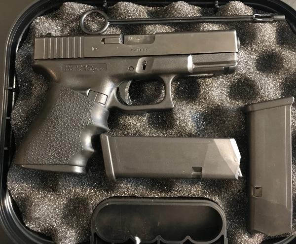 Very Nice Condition Glock 19, 9mm, Night Sights, $500.  SALE! $450!!!