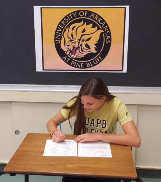 MVC 18U teammate Kaitlyn Hapke Commits to University of Arkansas at Pine Bluff