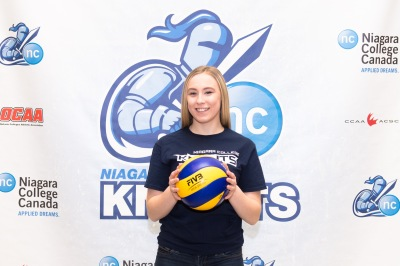 18U Athlete Ainsleigh Williams Signs to Niagara Knights