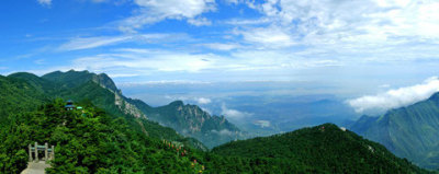 Good Teas from Great Mountains --- YunWu (Cloud and Mist) Tea from Mt. LuShan