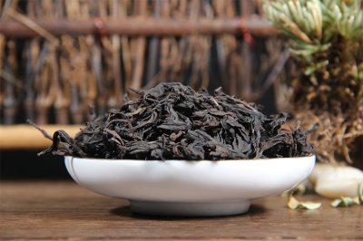 High-end Tea of WuYi Rock Tea ----Rou Gui from HuiYuan pit