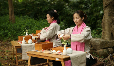 How to Arrange a Chinese Tea Tasting Party