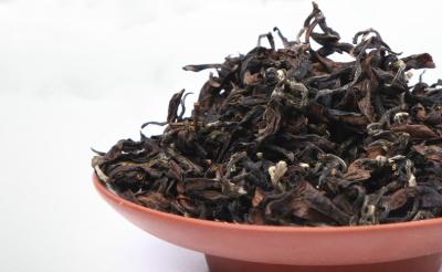 Taiwan Oolong Tea: WenShan Pouchong Tea